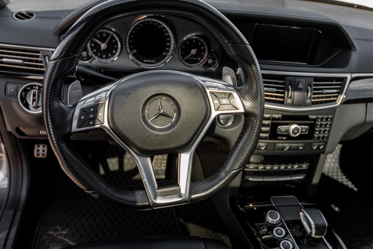 Mercedes-Benz E 63 AMG Wagon 2012 asta Bring A Trailer