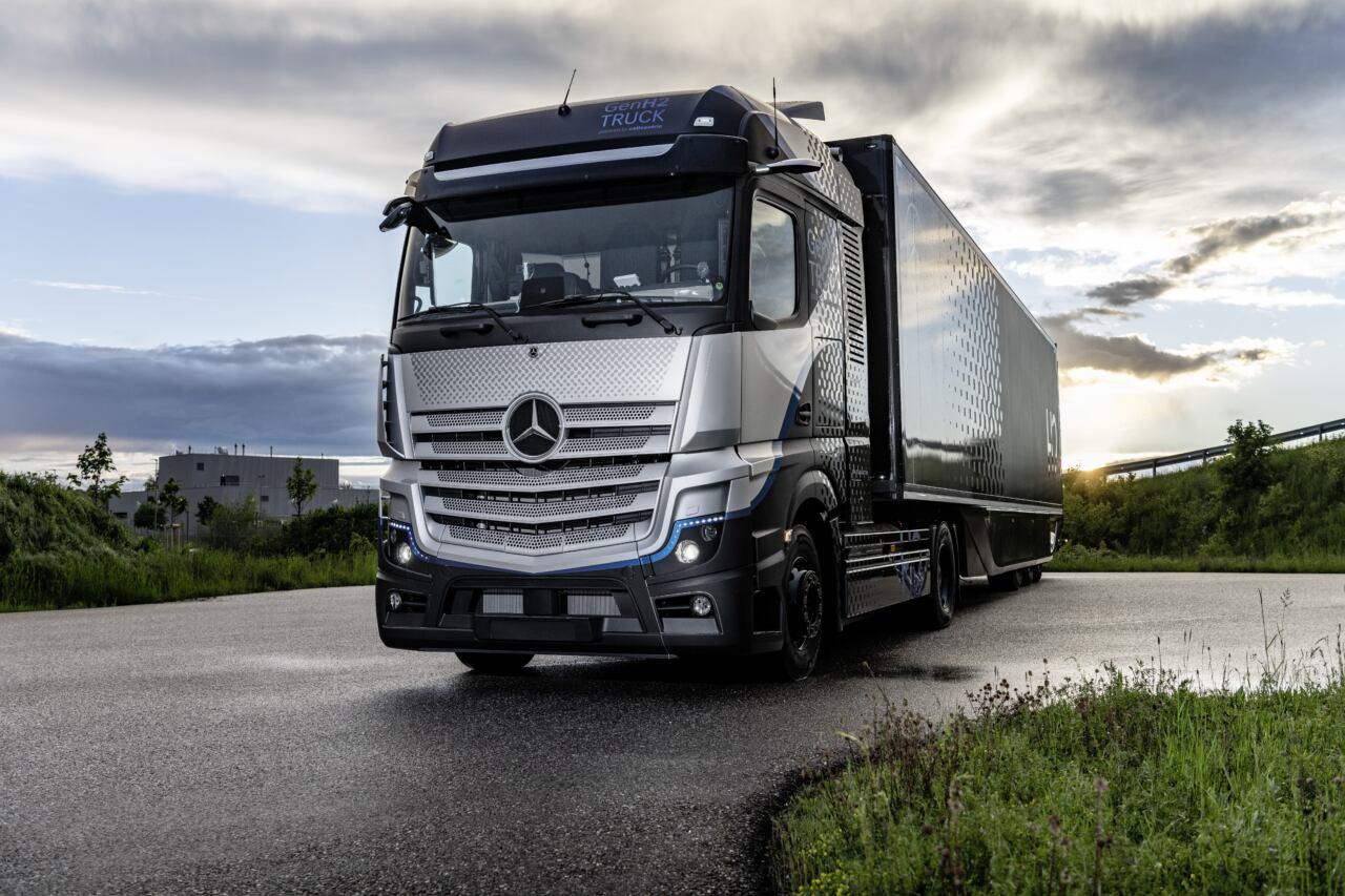 Mercedes-Benz GenH2 Truck test