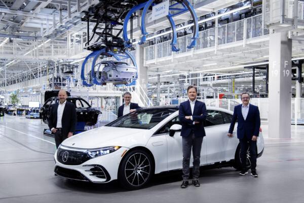 Mercedes EQS produzione Factory 56