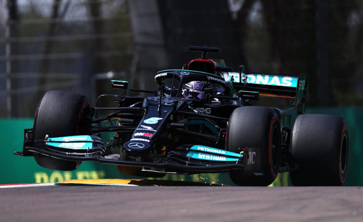 Mercedes Valtteri Bottas dado ruota