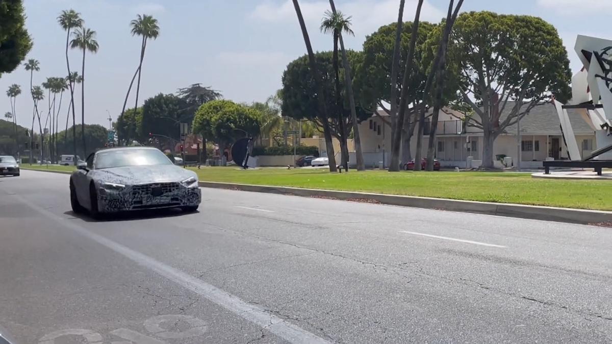 Nuova Mercedes-AMG SL prototipo Beverly Hills