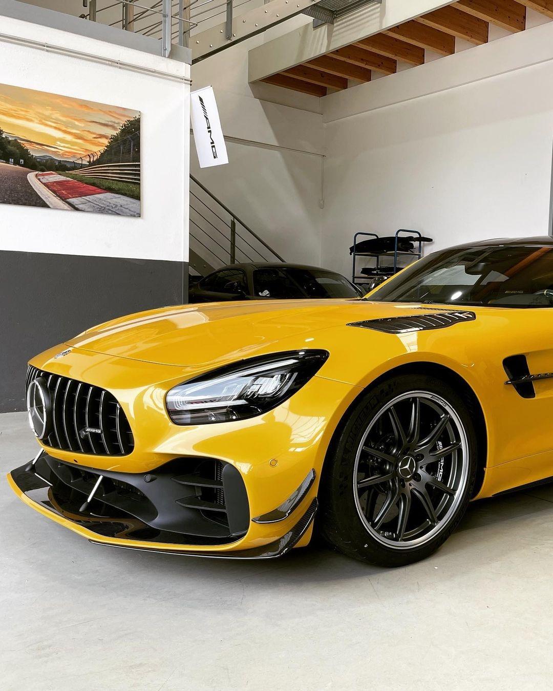Mercedes-AMG GT R OPUS