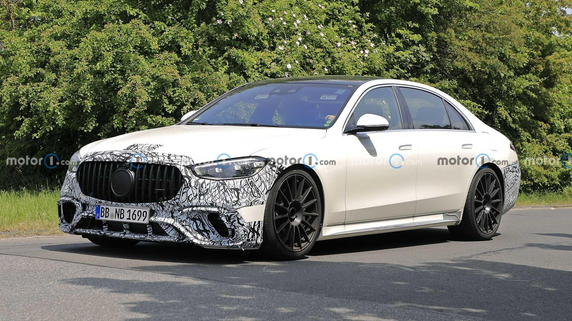 Nuova Mercedes-AMG S 63 e ultimo prototipo foto spia