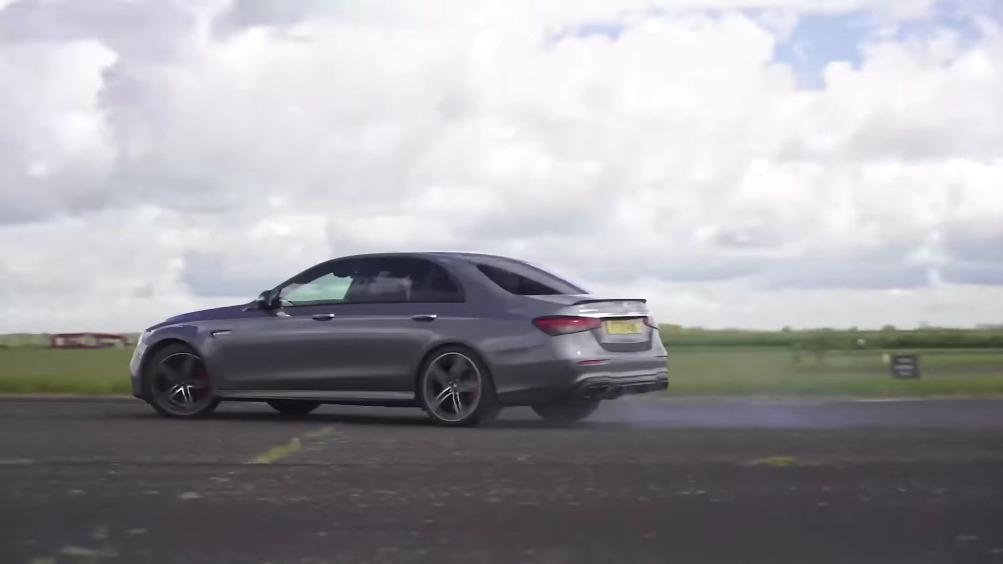 Mercedes-AMG E 63 S vs BMW M5 Competition confronto