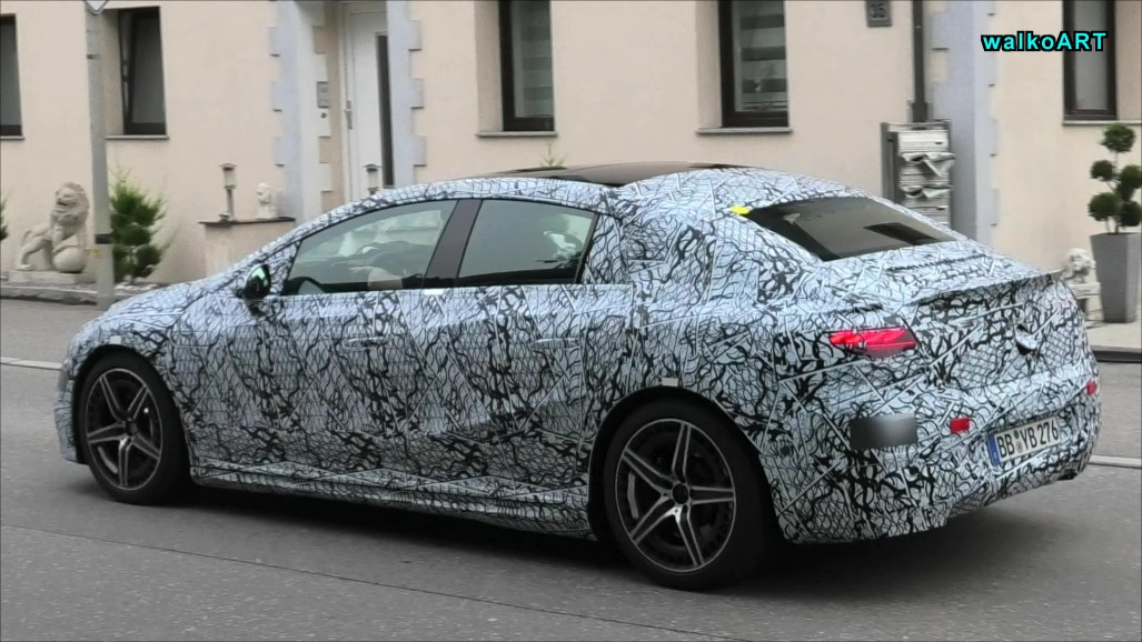 Mercedes-AMG EQE prototipo Germania