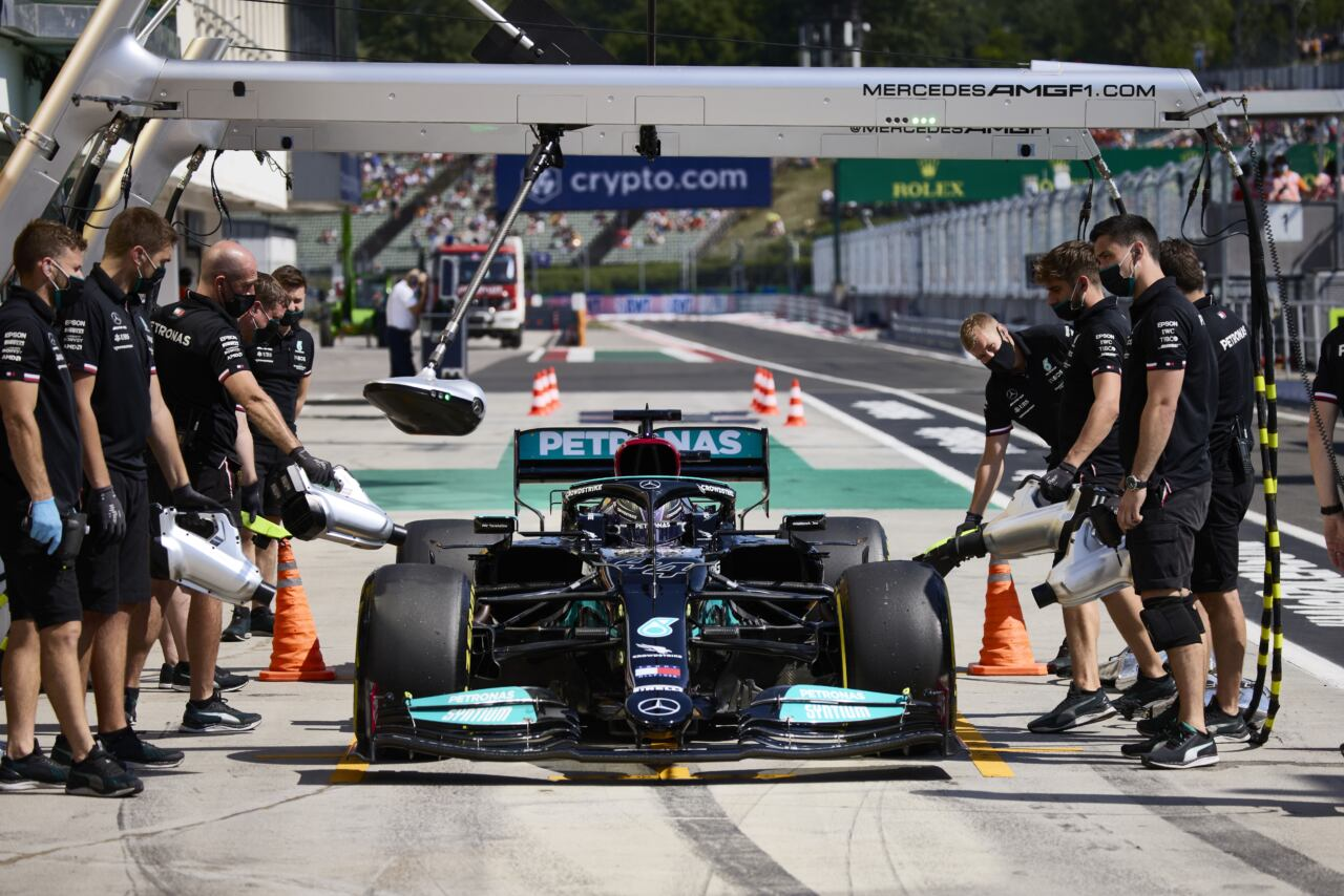 Mercedes prove libere Ungheria venerdì