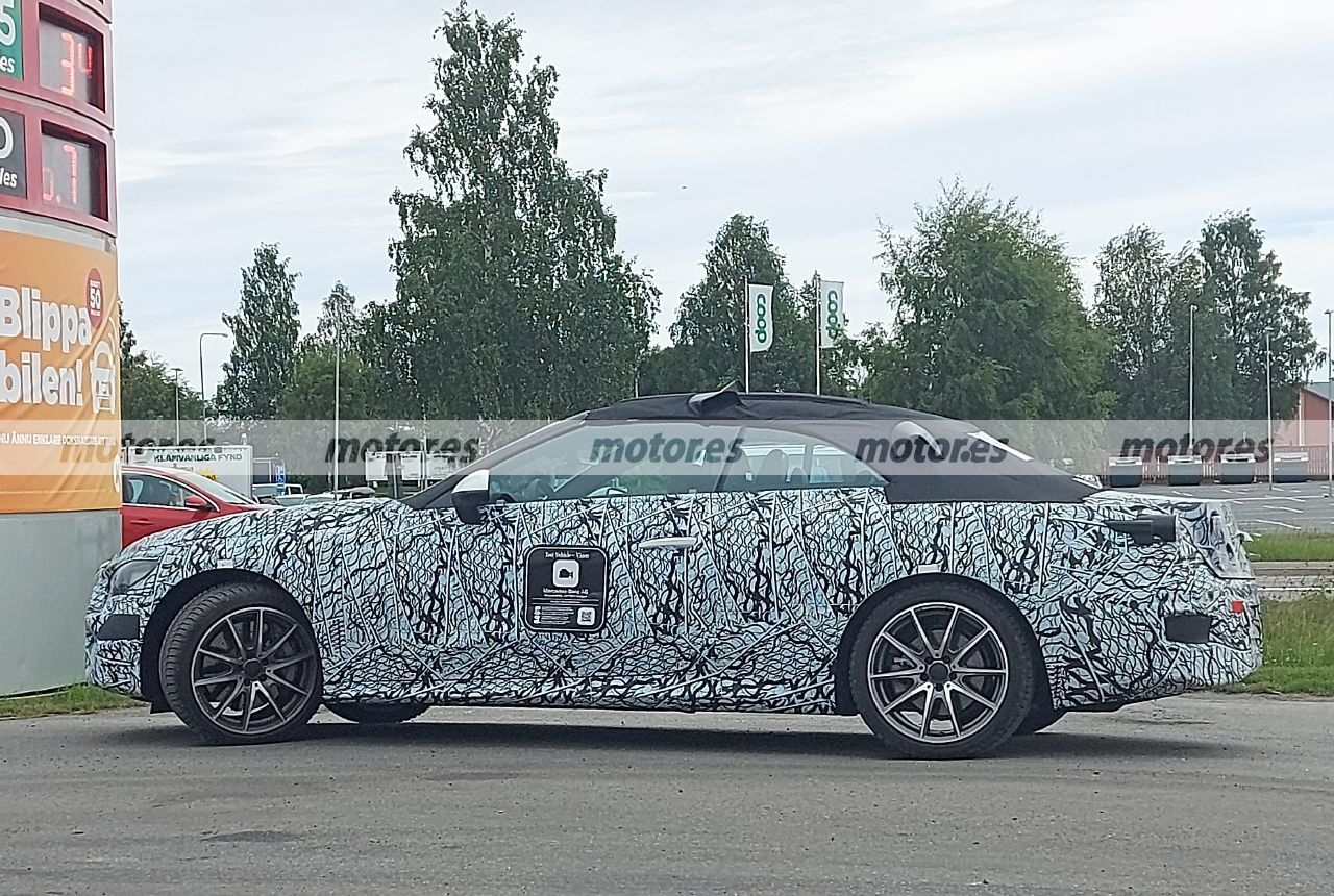 Nuova Mercedes CLE ultimo prototipo foto spia