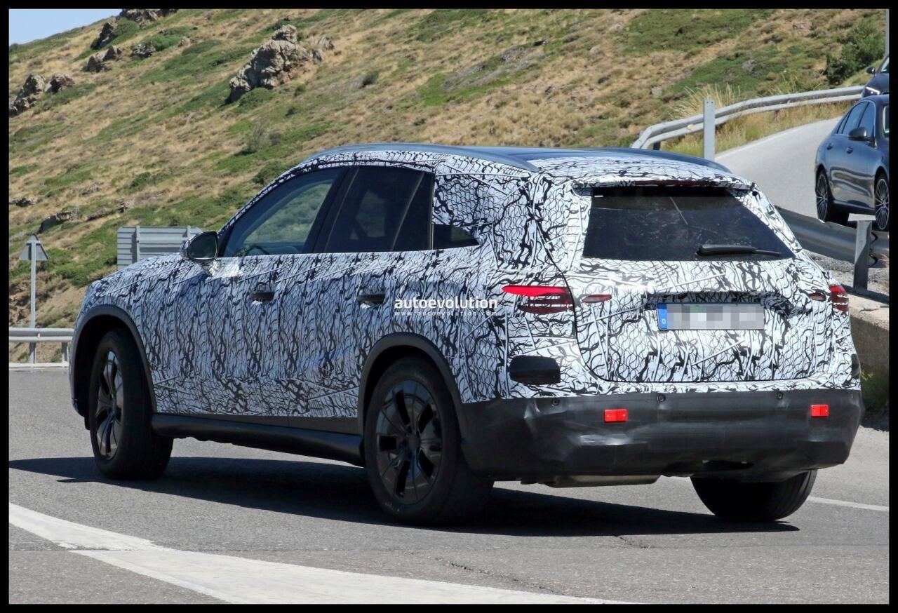 Nuovo Mercedes GLC ultimo prototipo foto spia