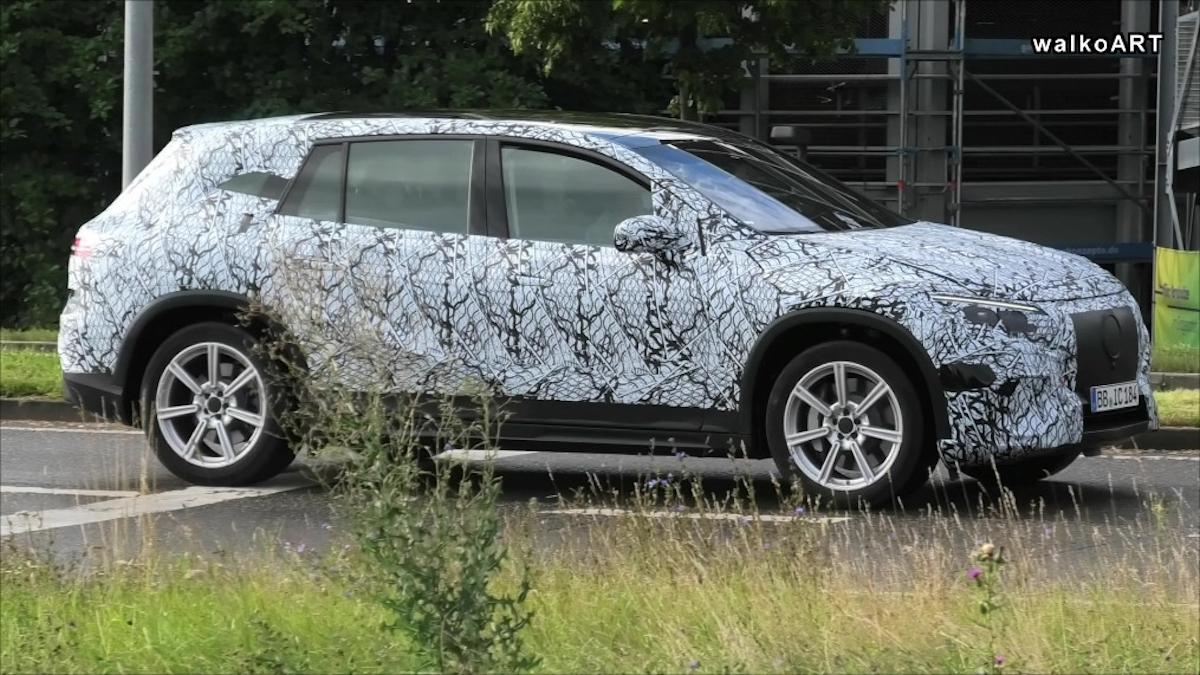 Mercedes EQS SUV nuovo avvistamento