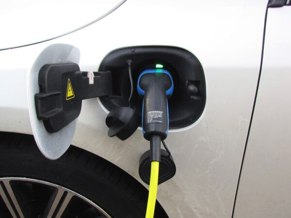 Ibride plug-in