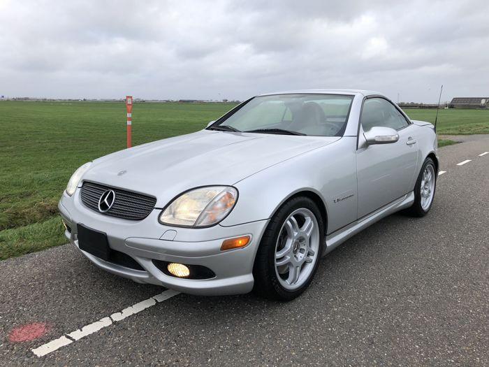 Mercedes SLK 32AMG (2002)